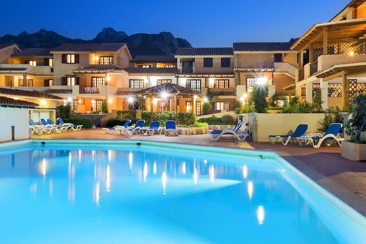 Bilocale con piscina Porto Cervo, Sardegna