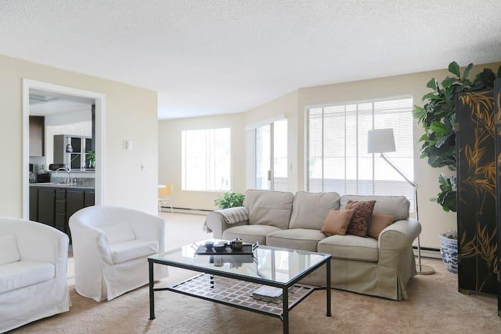 Luxury Mercer Island Condominium in Quiet Village - Mercer Island - Condomínio