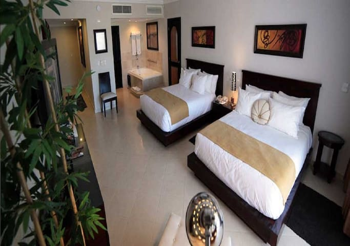 VIP PRESIDENTIAL SUITE 2 BEDRM LIFESTYLE