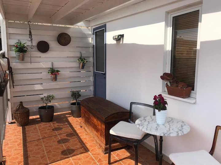 MP  Cozy Studio Near the Sea- Kato Paphos- Paphos.