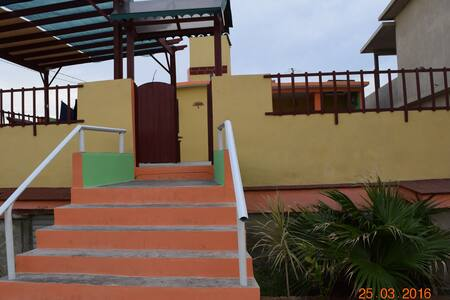 Seaside house with full breakfast - Playa Baracoa