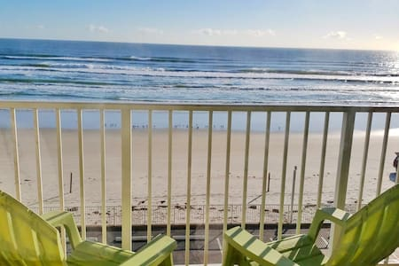 Gorgeous Ocean View Studio in Daytona Beach!