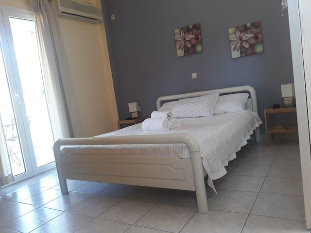 HOTEL MYRTOS 4