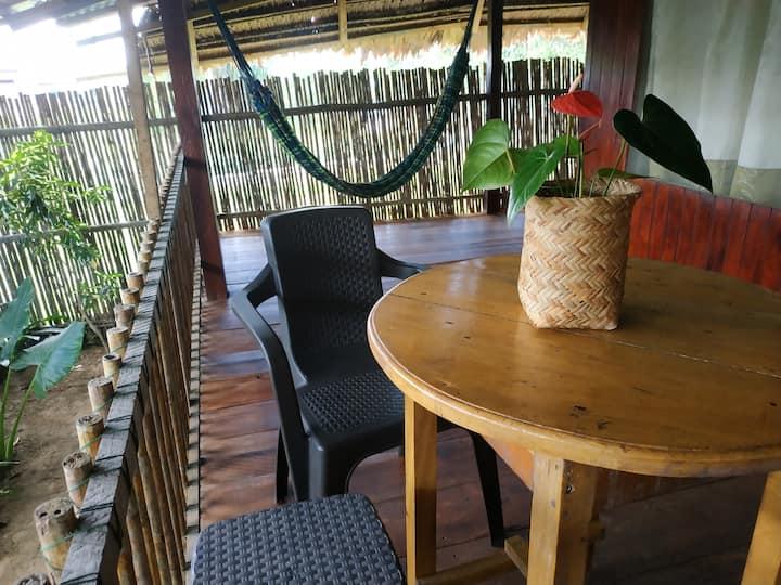 Casa entera con piscina, cocina y huerto órganico
