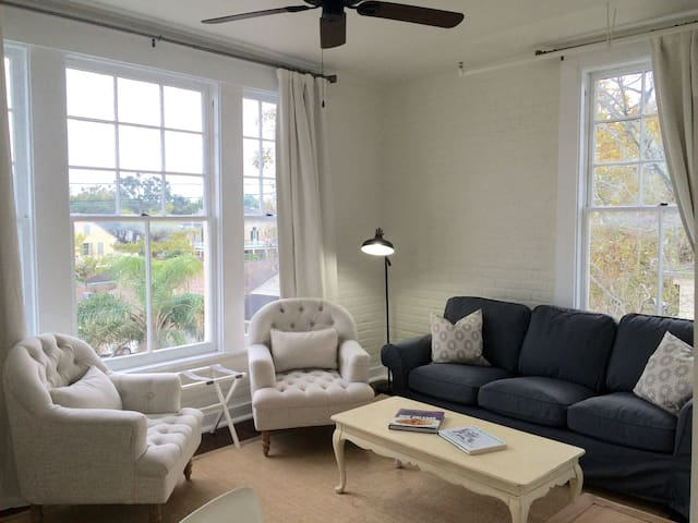 Zatarain Building Top Floor Loft Apt - New Orleans - Lejlighed