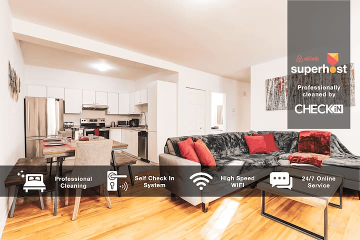 MODERN AND LARGE 4BR AT PIE IX ❤️ OLYMPIC PARK
