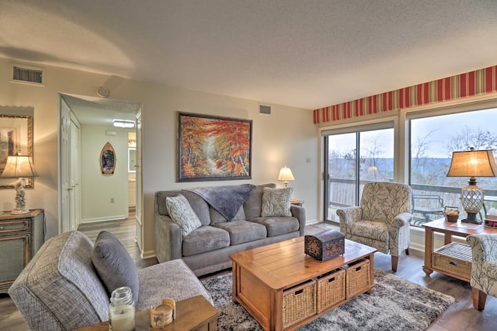 Condo w/Balcony in Fairfield Bay near Marina