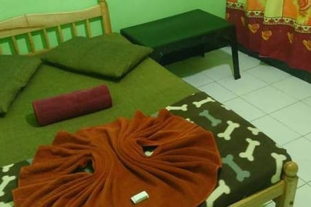 Budget Single Room In Kandy - Peradeniya