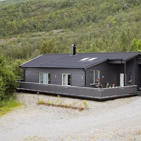Kvibylodge -high standard house - Alta - Talo