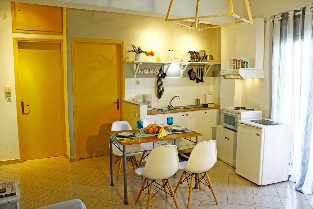 A fully equipped kitchen is there for you to cook breakfast, lunch or supper at the dinning table.