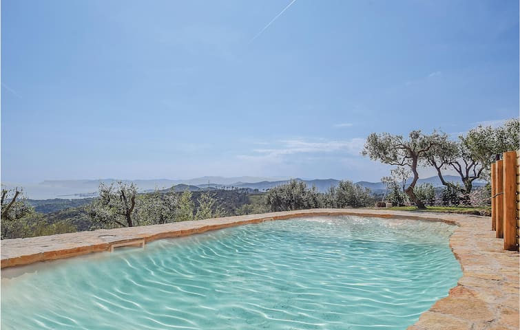 Holiday cottage with 3 bedrooms on 110m² in Celle Ligure (SV)