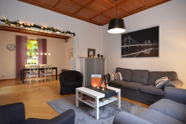 apartamento espacioso en Bad Pyrmont Baja Sajonia con vistas al jardín