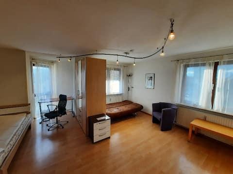 Ótimo apartamento de 1 quarto Heilbronn center, TG