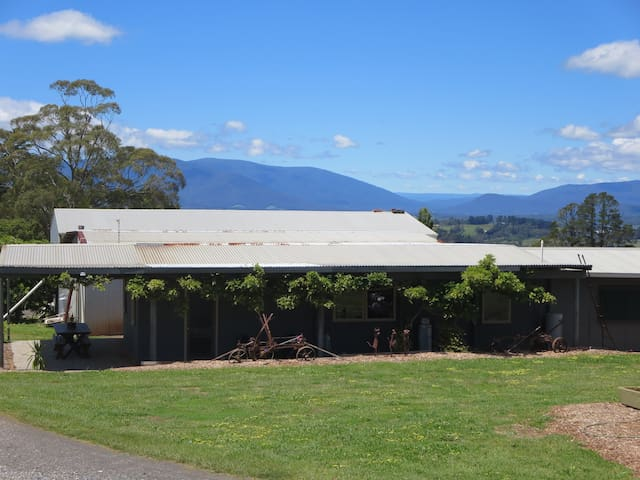 Cherry Orchard Cabin - YARRA VALLEY - Wandin North - Cabaña