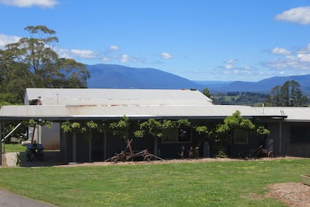Cherry Orchard Cabin - YARRA VALLEY - Wandin North - Kabin