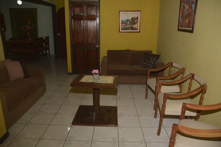 Apartamento artesanado en Ciudad Colón - San José - Lägenhet