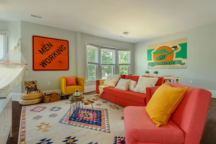 West Village Experience minutes from Downtown!