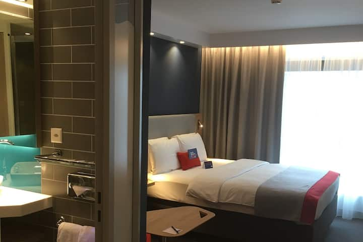 hotel rooms for long stay guest and students