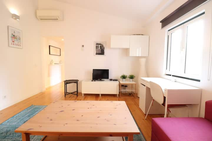 Clean, Bright and spacious DUPLEX in Lisbon Centre