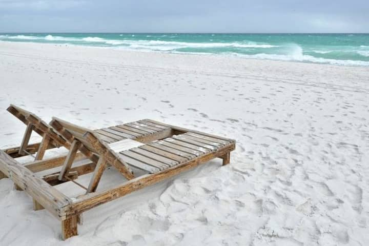 Last Minute Mar 1-5th! Gulf Front/Heated pool