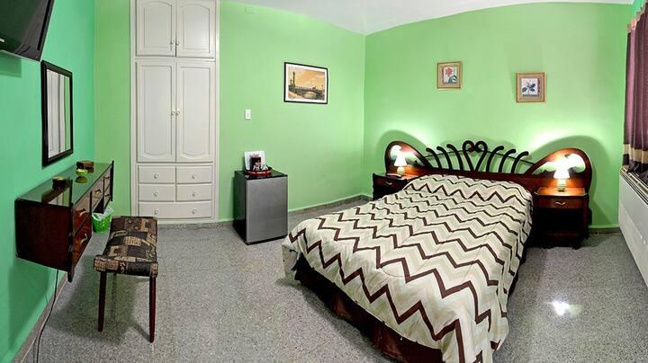 Hostal d' Soto/ Standard Room Green
