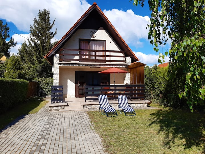 Holiday house Fortuna 50 m from the lake