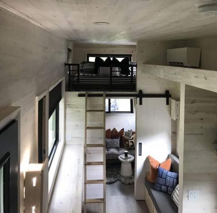 The Drake-Tiny Home on Farm (Charlotte/Rock Hill)