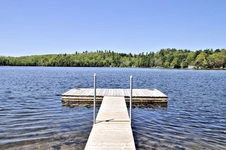 The Sandy Bay Lakehouse - Minden - Casa