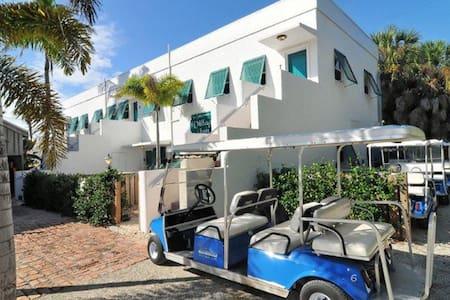 Historic Downtown Boca Grande- 2 Bedroom Flat - Boca Grande - Apartemen