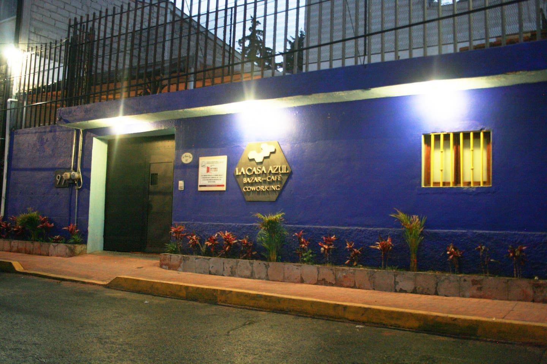 Fachada La Casa Azul