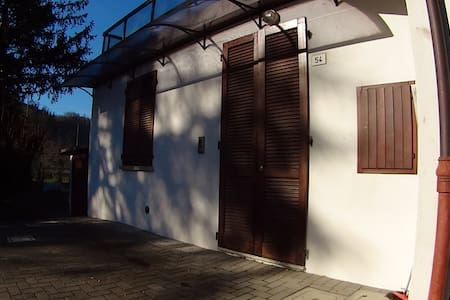 Appartamento indipendente in collina - Tontola - Apartemen