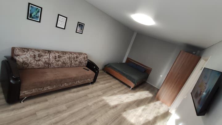 Теплая большая квартира в новом доме ТЦ МАДАГАСКАР