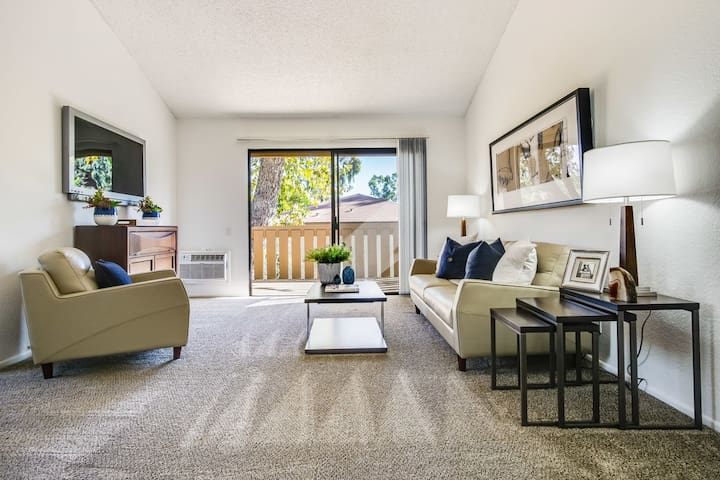 Comfort Abounds at 2BR/1BA in Fullerton