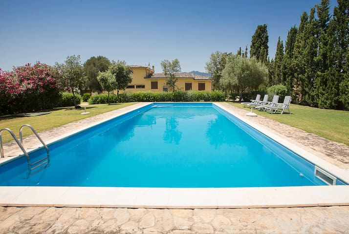 Villa Atzori is Pirastus