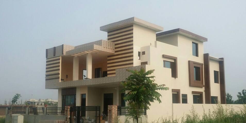 The Foot Hills New Chandigarh - Mullanpur Garibdass - House