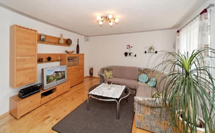 Ferienwohnungen Krenn (Tittling), FeWo mit Terrasse, Grillmöglichkeit und WLAN (90qm)
