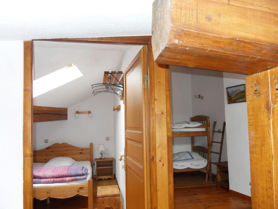 CHAMBRES SEPAREES