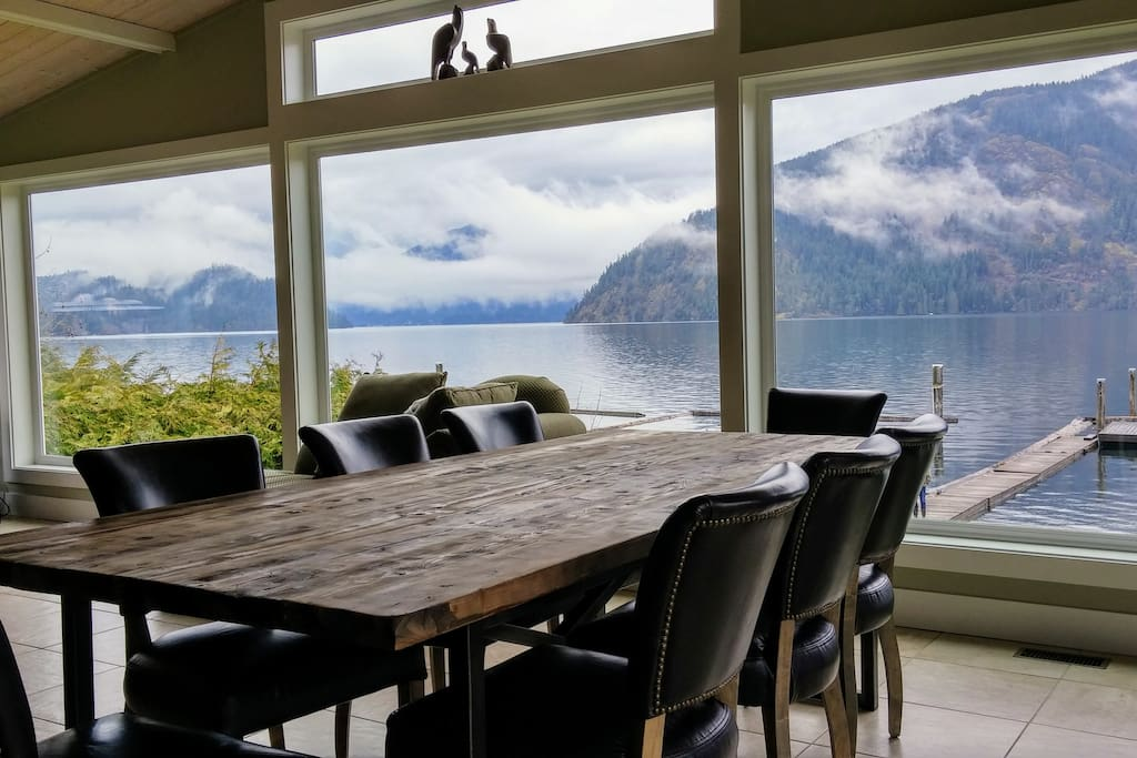 unobstructed views from the dining room table that seats 10
