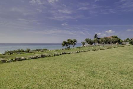 R41 Amazing maisonette breathtaking sea view. - Nea Skioni - House