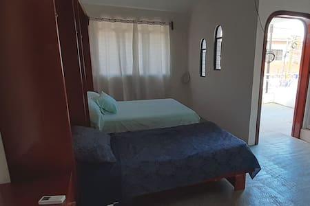 GACYM Habitacion con aire acondicionado doble
