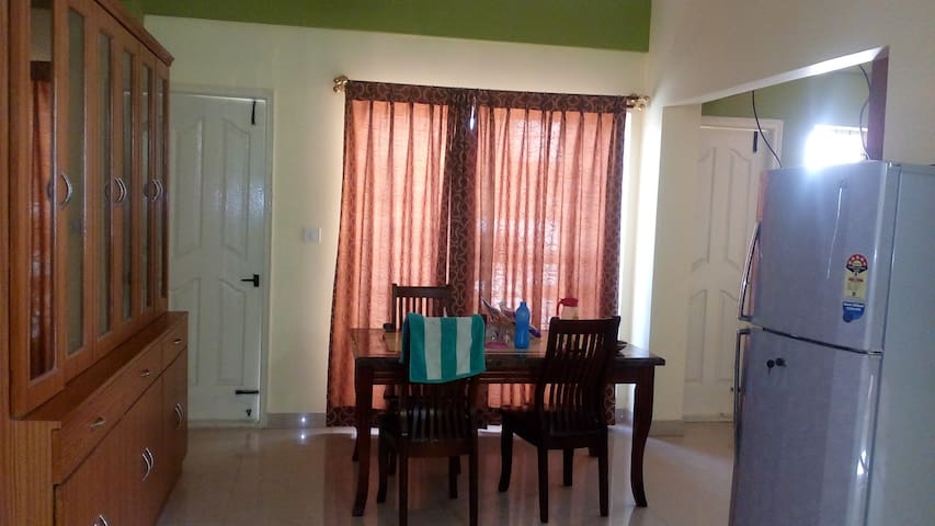 EcityLuxuryStay @ 2BHK Electrapark - Bangalore - Appartement