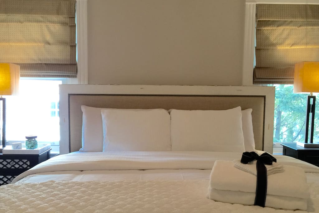Beautiful King Size bed, Plush Sheets and pillows