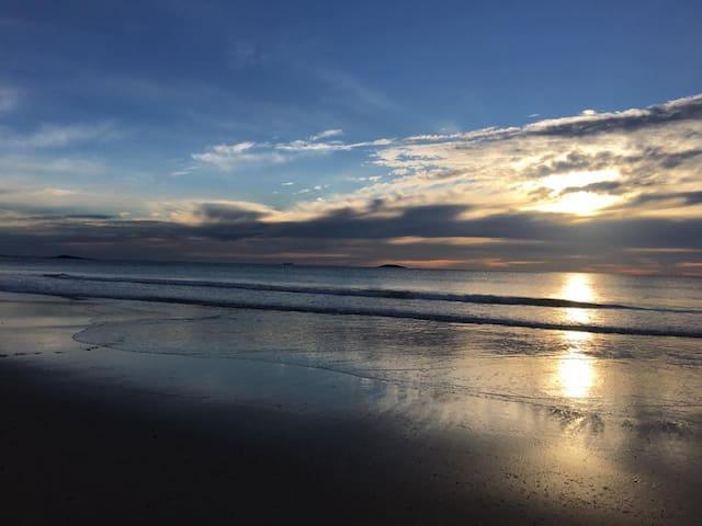 Sunrise at Windang beach