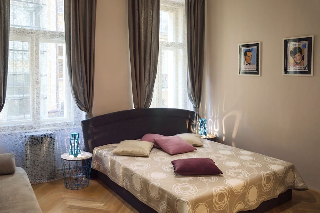 1 Bedroom: with king-size bed for two person and foldout sofa for two person.