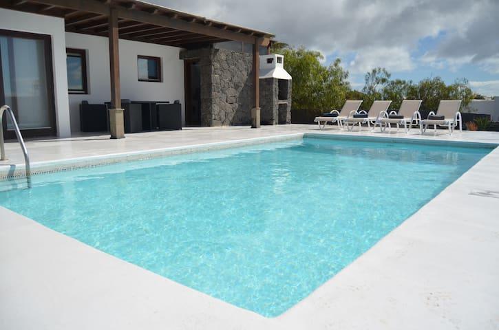 Villa Lola, Playa Blanca