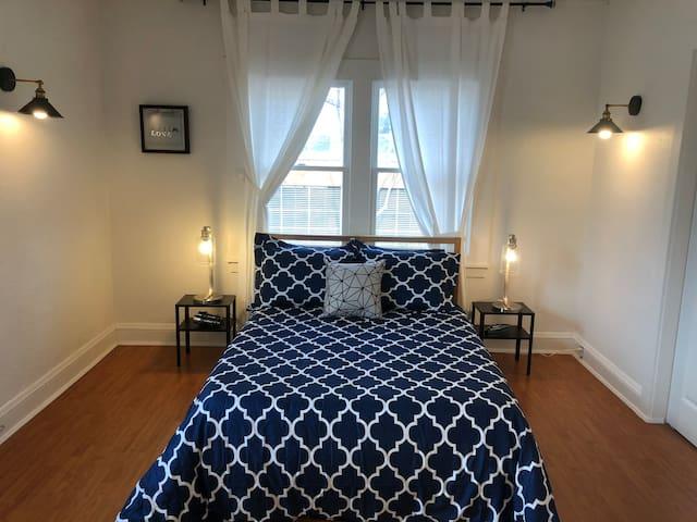 Pixar Close Emeryville Beautiful One Bed + Parking