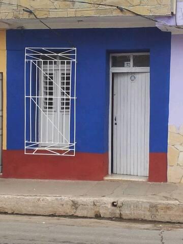Hostal Yani Trinidad. Apto Entero. Wifi.