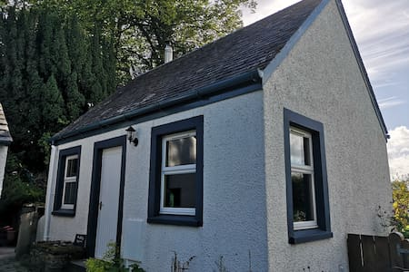 Private Cottage Bothy near Loch Lomond & Stirling