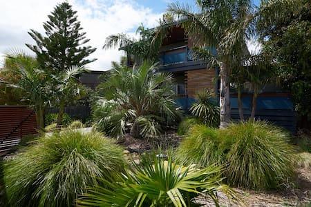 Semaphore Beach House - Resort Life - Coronet Bay - Casa