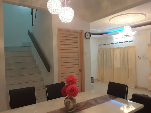 JB Comfort Homestay 新山皇后舒适民宿 - Skudai - House